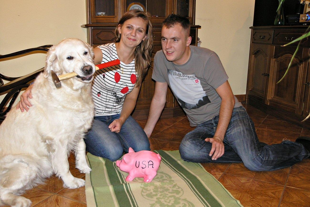 skarbonka świnka golden retriever oszczędności na podróż