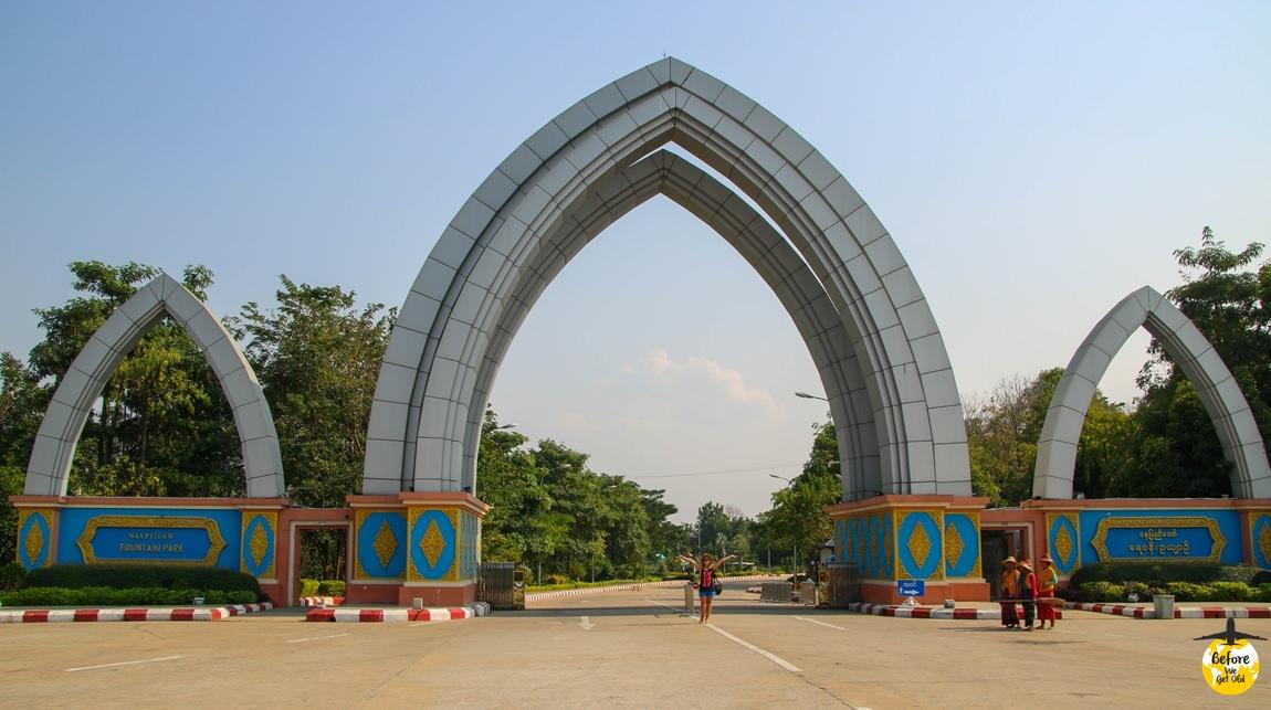 Stolica Mjanmy park fontann