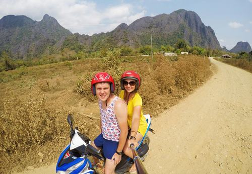 Laos skuterem