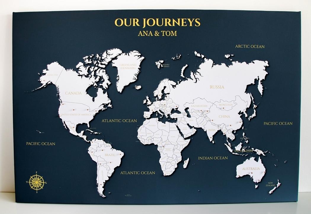 mapa z pinezkami dla podróżnika