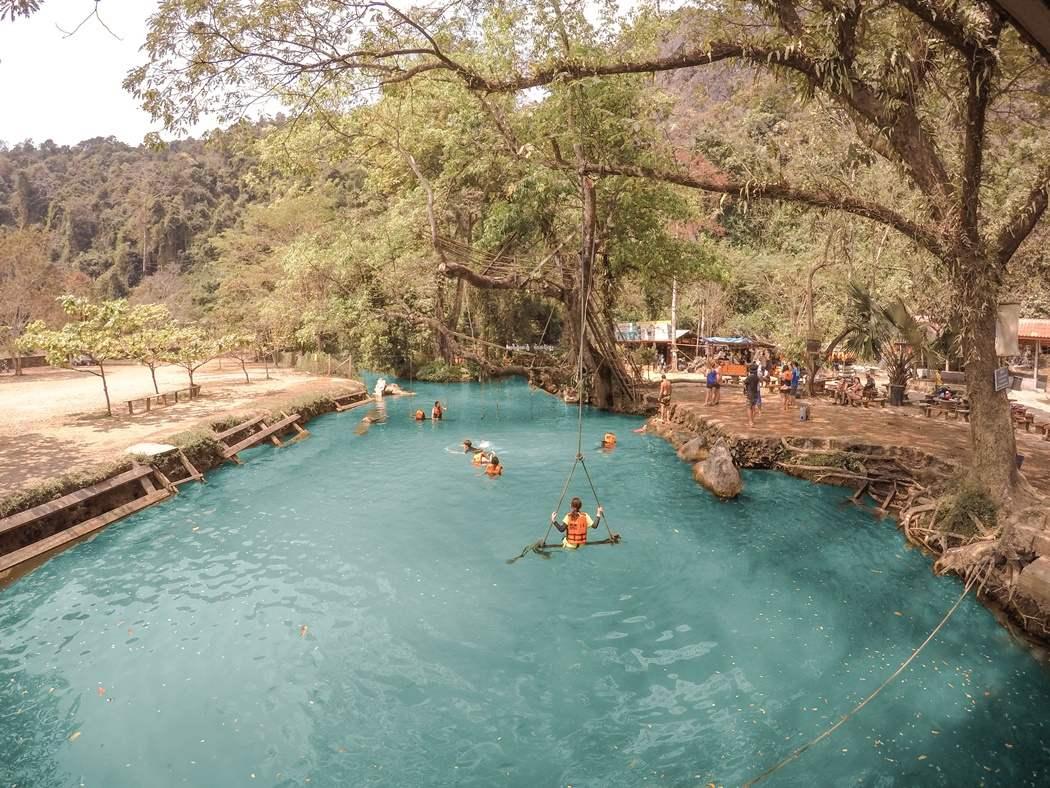 atrakcje Vang Vieng Blue Lagoon jak dotrzeć