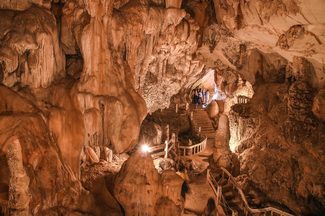 jaskinia Tham Chang Vang Vieng Laos