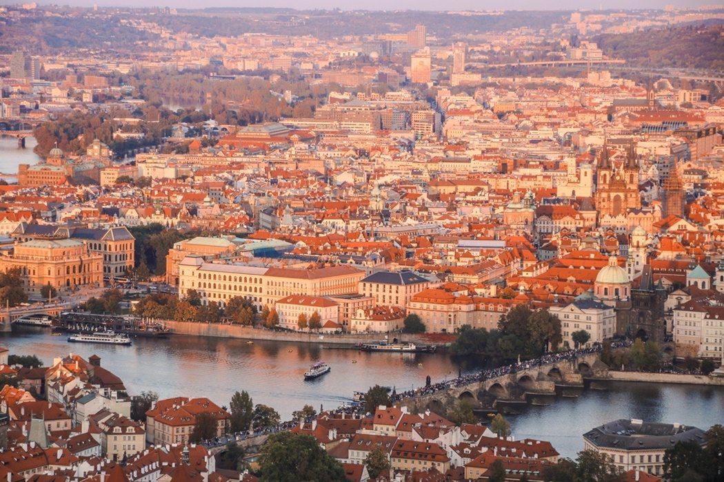 punkty widokowe w Pradze panorama na miasto