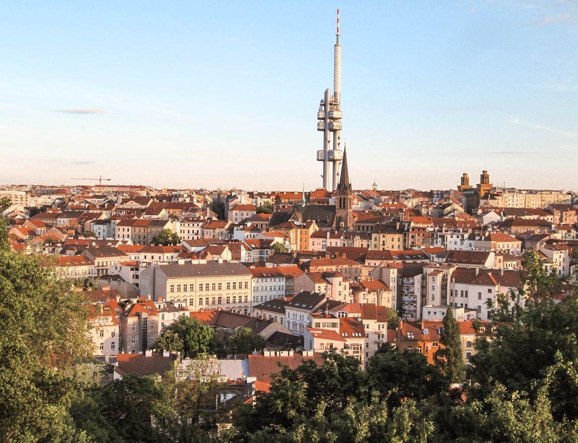 wieża telewizyjna w Pradze